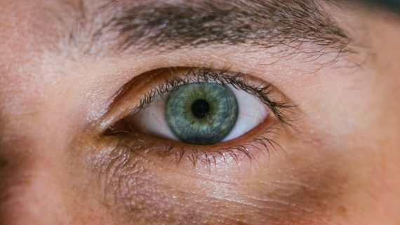 Presbyopia, it may be time for reading glasses in 2018